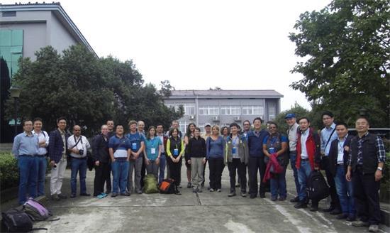 参观鹰潭红壤生态实验站