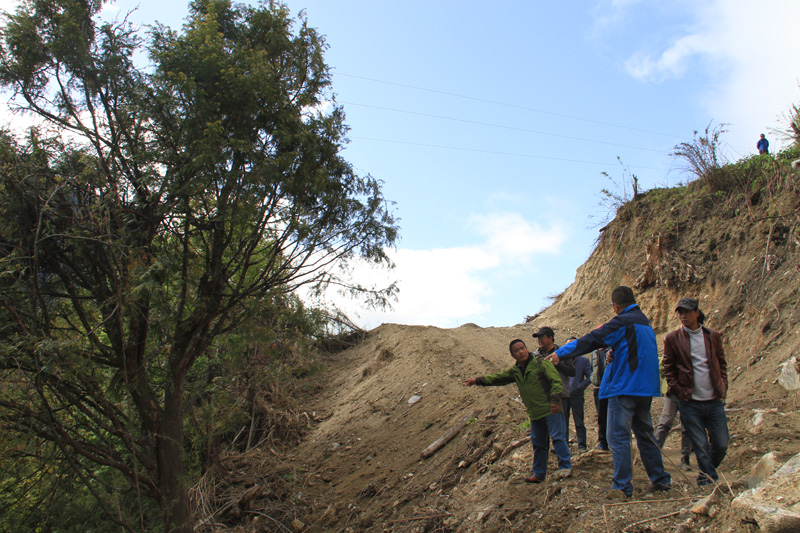 林芝站基础生态学学科团队前往日喀则市开展野外综合考察