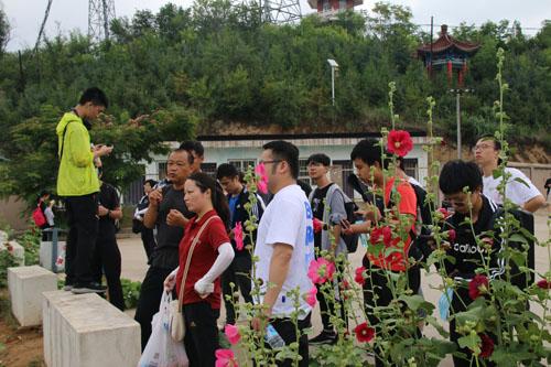 上海科技大学再次到安塞站开展社会实践活动